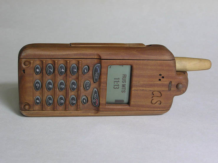 russian wooden phone 1