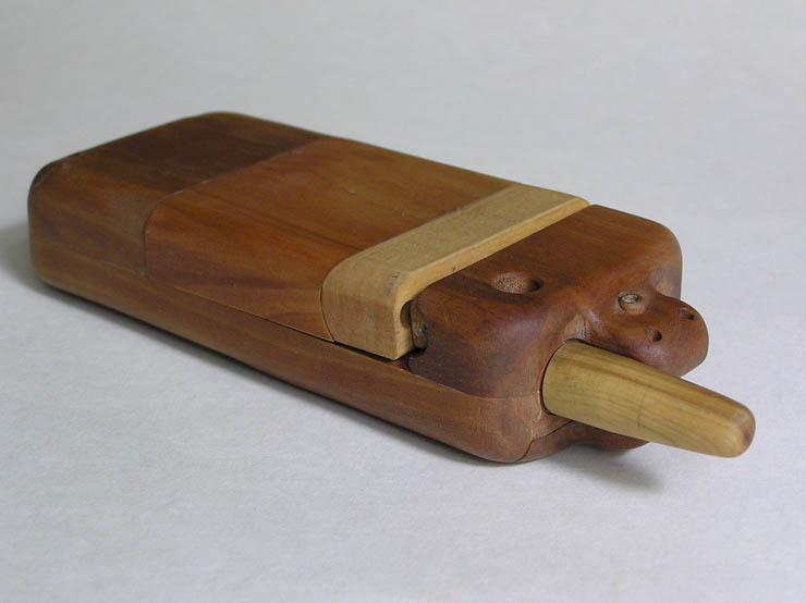 russian wooden phone 3