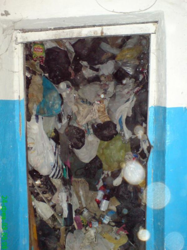Most dirty appartment in the world, in Russia, Moscow 2