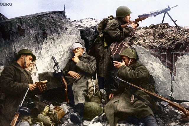 Russian soldiers during World War 2, color photo 27