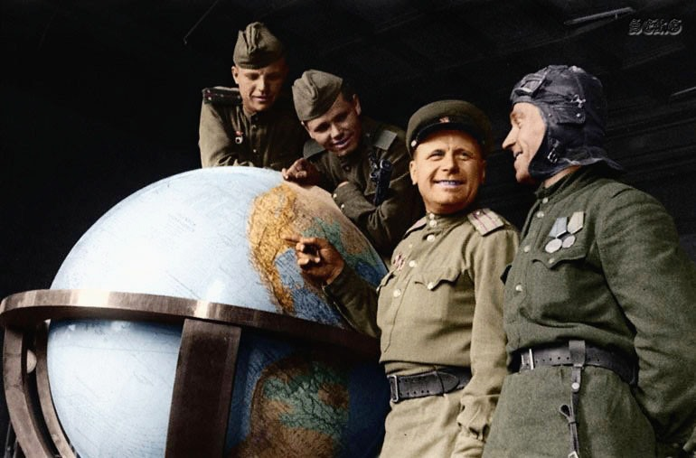 Russian soldiers during World War 2, color photo 28
