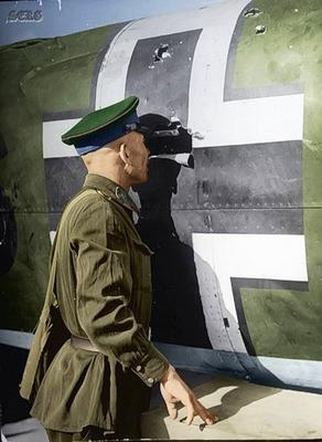 Russian soldiers during World War 2, color photo 46