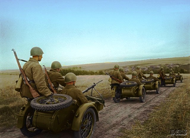Russian soldiers during World War 2, color photo 67
