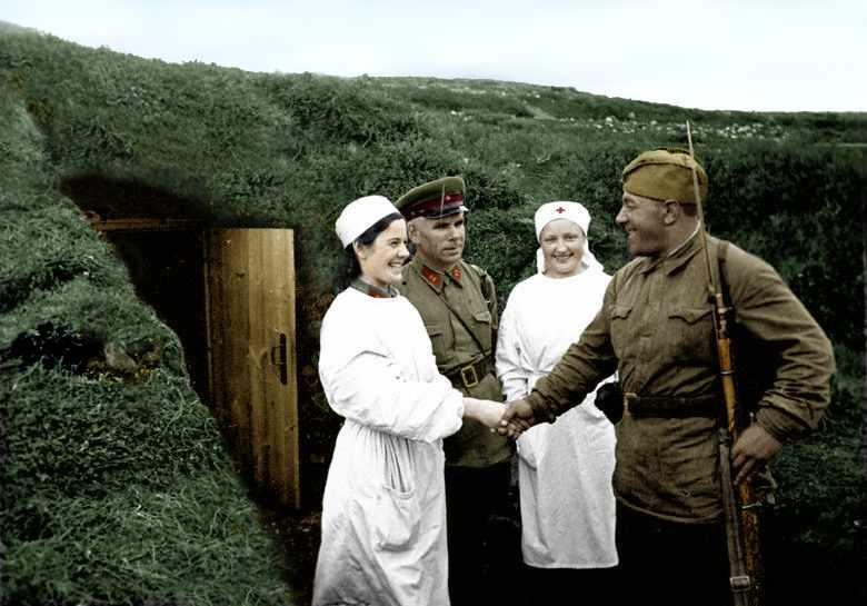 Russian soldiers during World War 2, color photo 80
