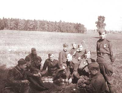 Private photos of Russian soldier from World War 2 40