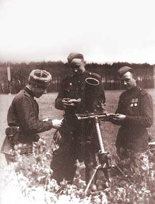 Private photos of Russian soldier from World War 2 44