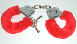 Electronic handcuffs