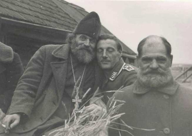 Russians and Germans - Brothers Forever