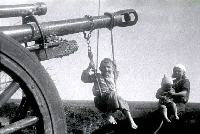 Swings - 1944