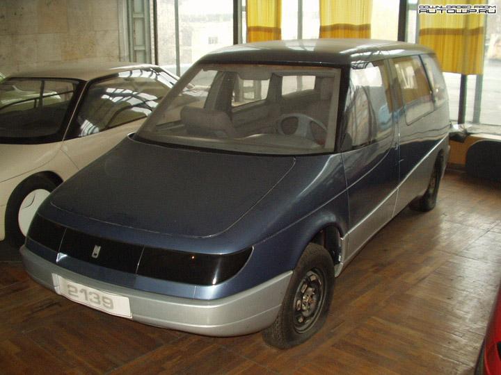 AZLK 2139 Arbat