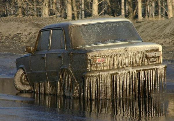 russian car vaz in winter