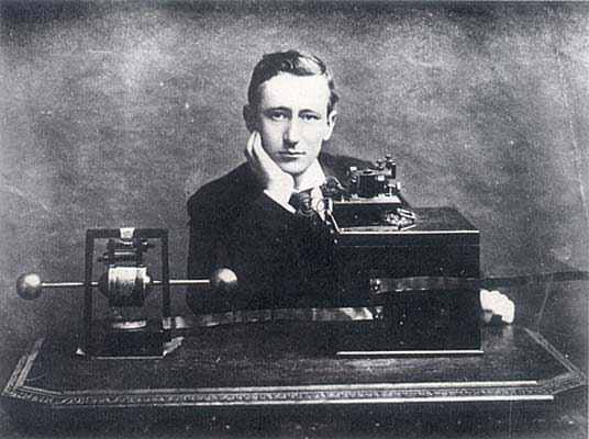 Popov – Champion, Marconi – Impostor