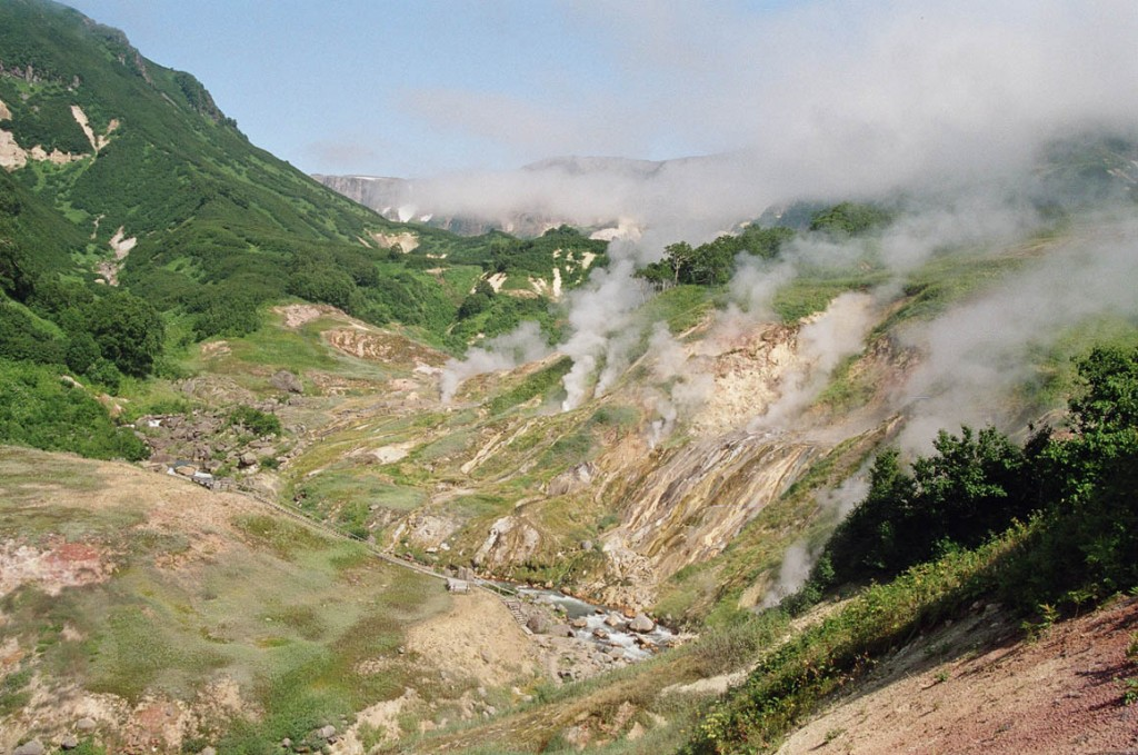 valley_of_the_geysers