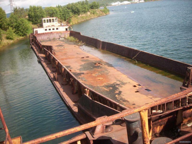 Baikal Lake's vessel graveyard