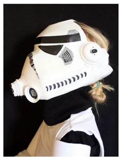 How To Make a Mask of a Stormtrooper From a Bottle