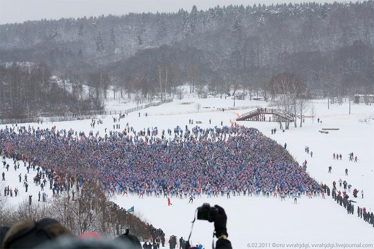 Ski Army Attacks!