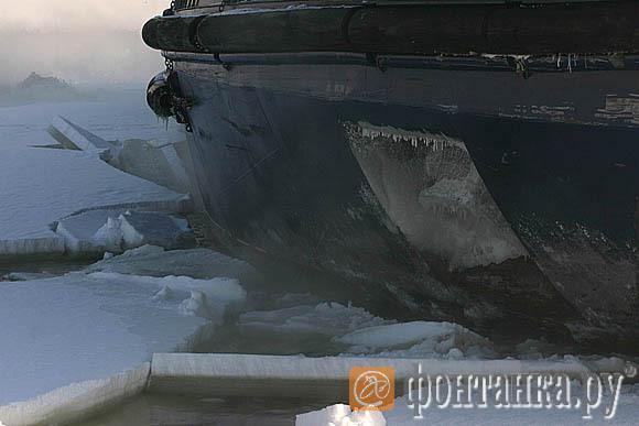 Work Of The Russian High-Tech Icebreaker