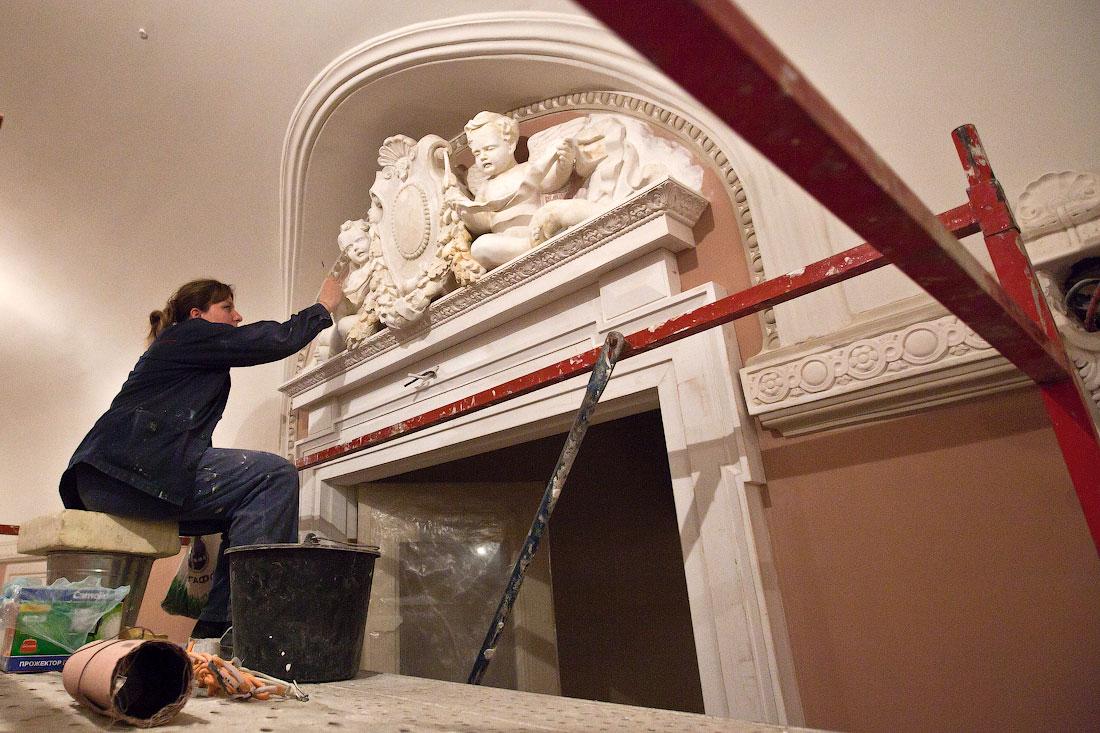 The Big Restoration Of The Big Theatre
