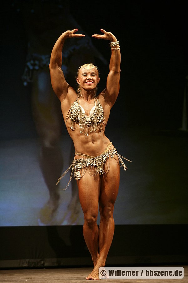 Rusian Female BodyBuilders Pictures