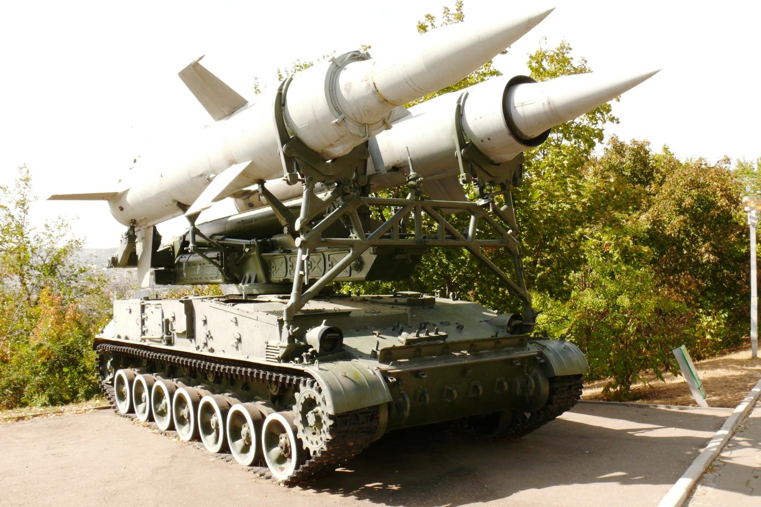 """2p24 peluncur sam 2k11 """"krug"""". saratov, museum kemuliaan militer"""