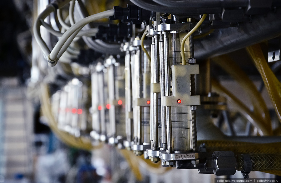 How Does A Hadron Collider Work?