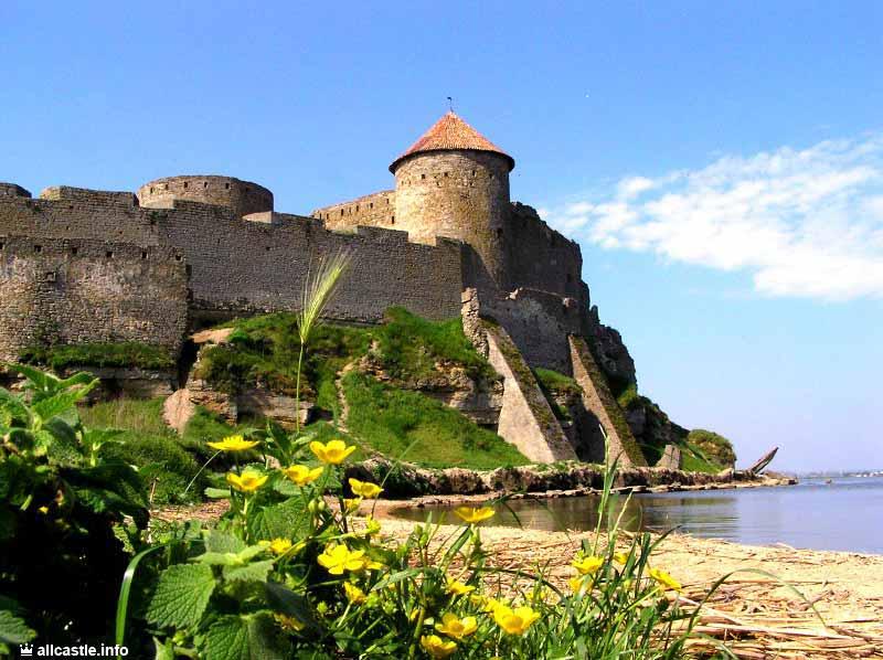 Top 7 Wondrous Architectural Monuments In Ukraine