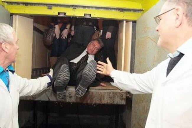Minister Gets Stuck In the Elevator