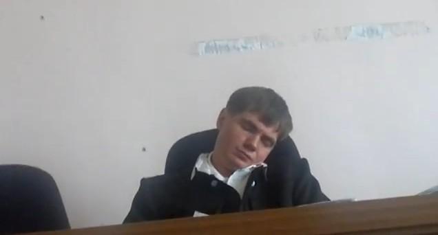 Video: Judge Who Sleeps