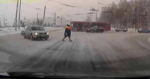 Video: Russian Granny of Chuck Norris