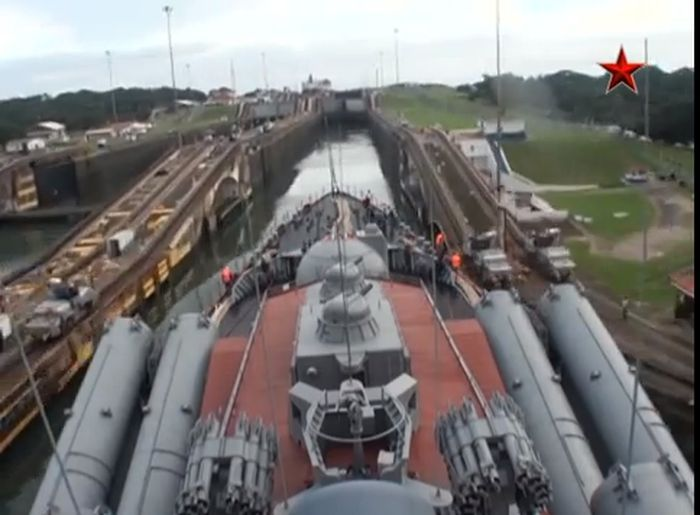 Russian Cruiser Goes Through the Panama Canal
