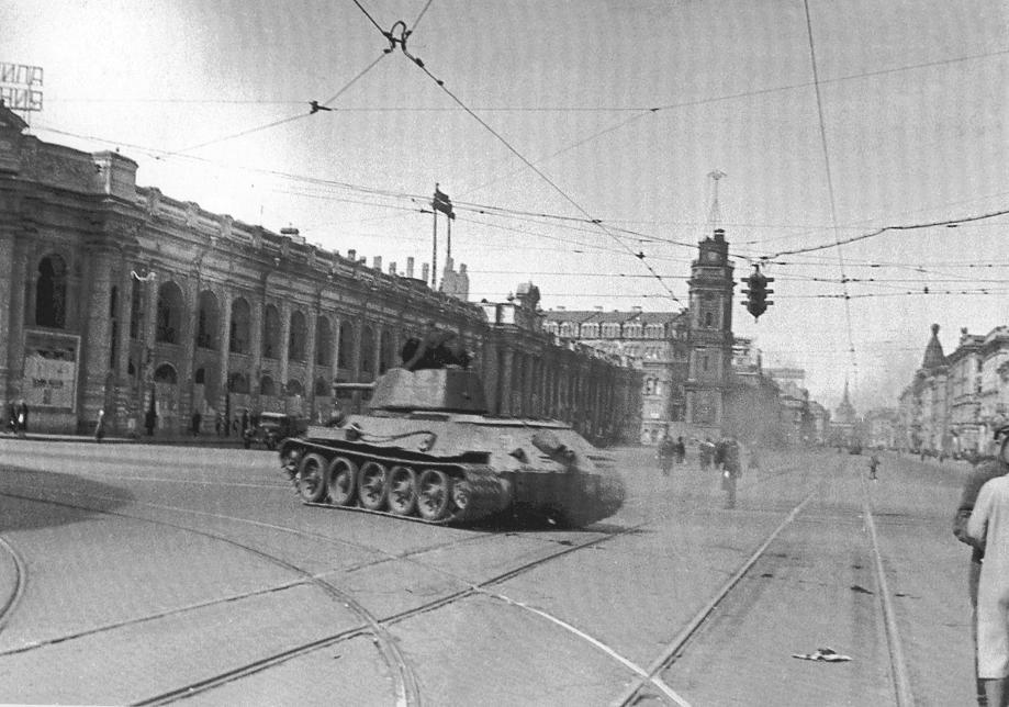 200090906-tank