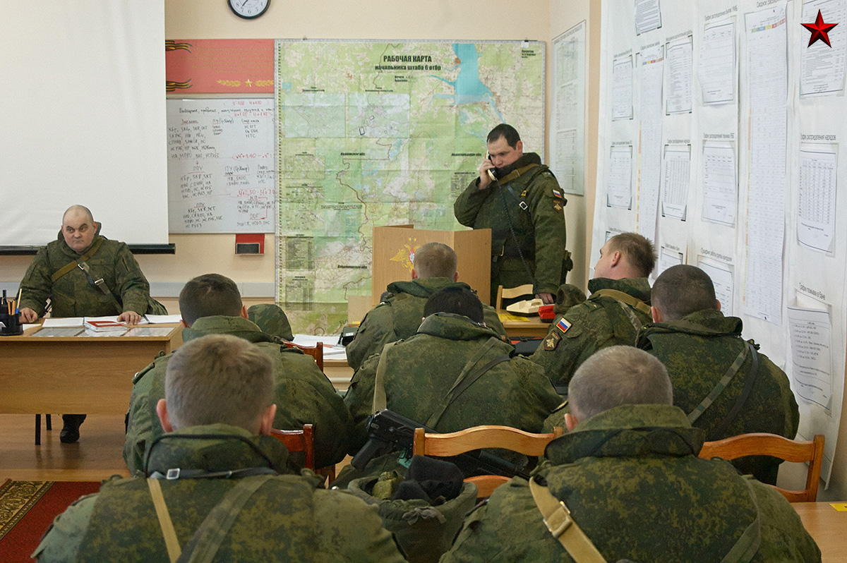 Russian Tank Division Comes For Training