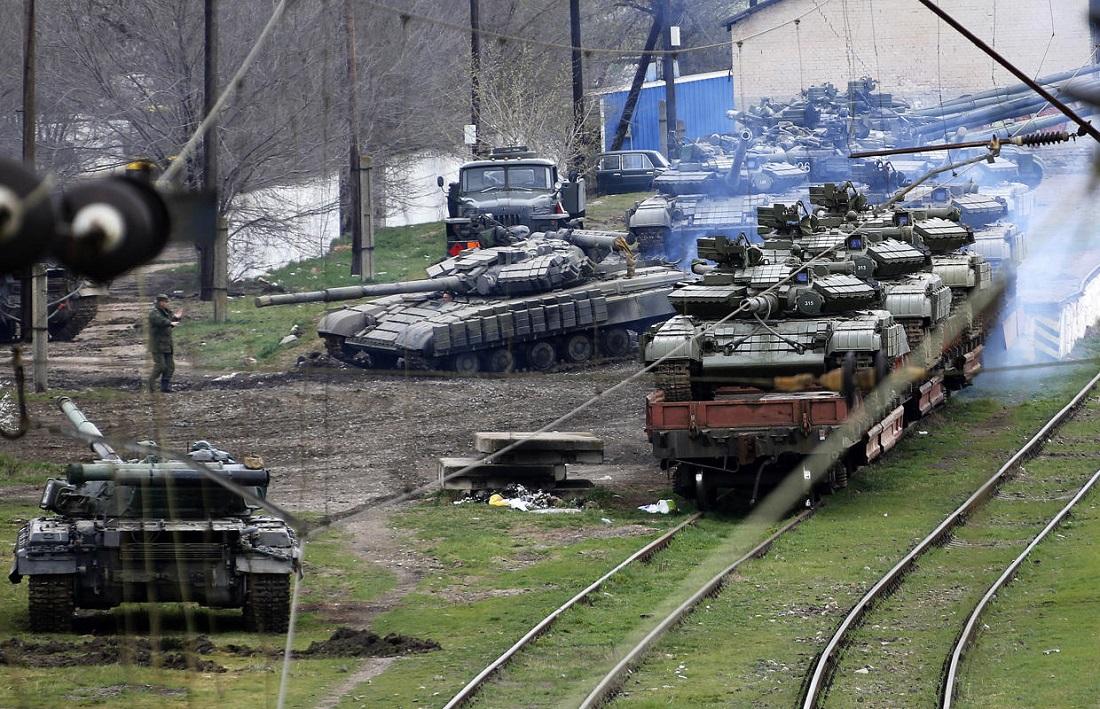 Ukrainian Soldiers Keep Leaving Crimea