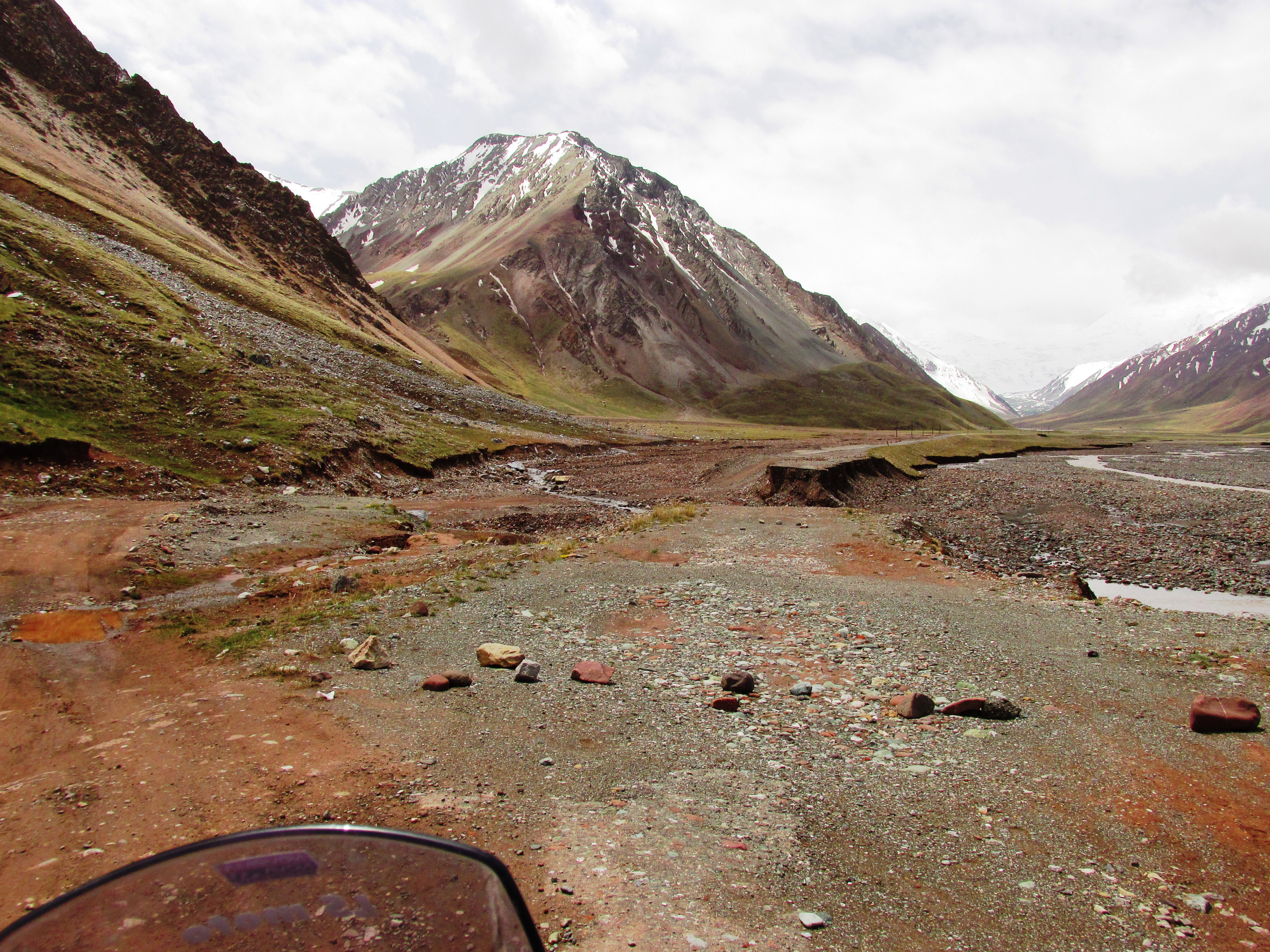 Silk Road Adventure 2014: trip to the Stans part 2