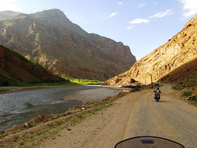 Pamir, Ishkashim-Khorog
