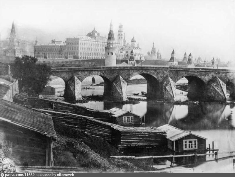 The First Photos of Moscow