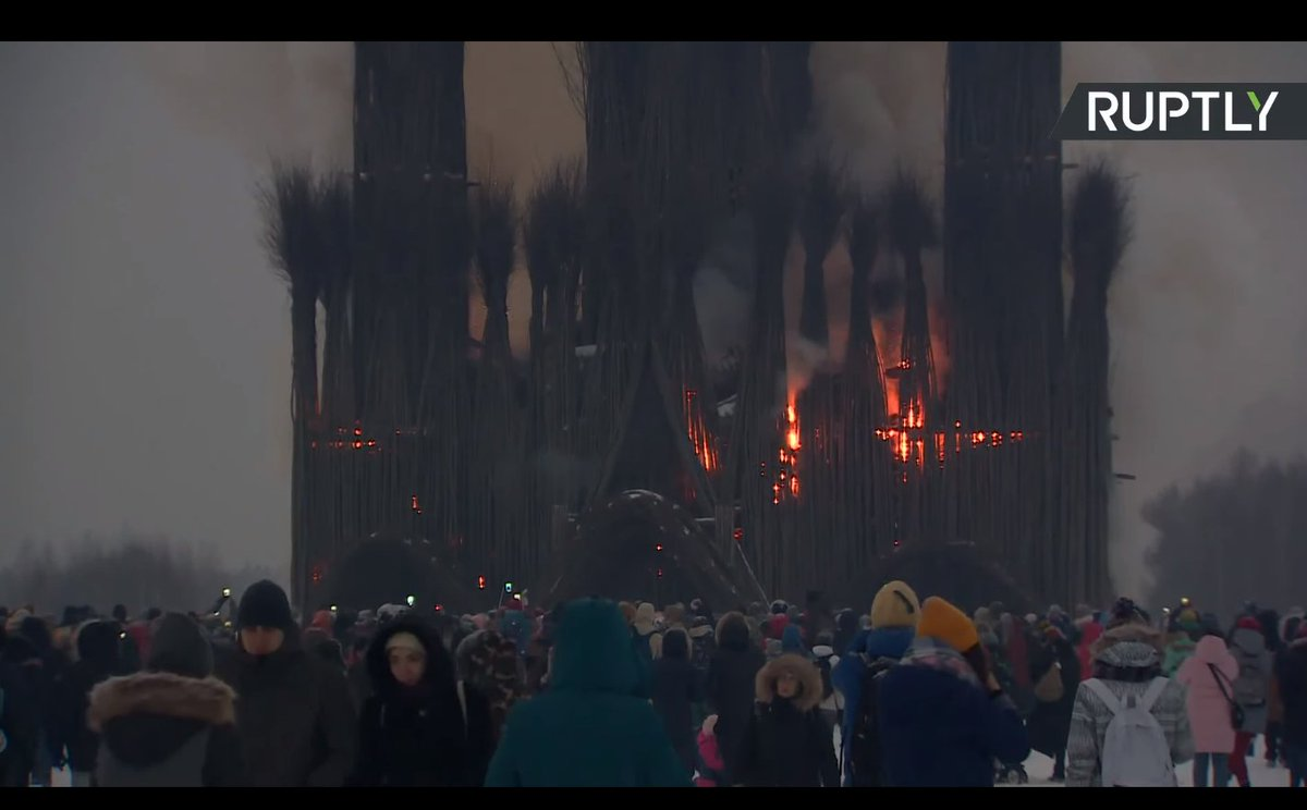 Burning a Huge Catholic Cathedral for Russian Oldest Pagan Holiday [photos + videos]