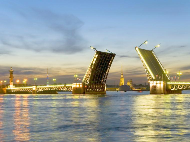 Travel All Russia - St. Petersburg Bridges