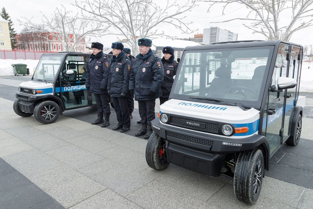 Russian Police Starts Receiving Some Electric Patrol Cars [6 pics]