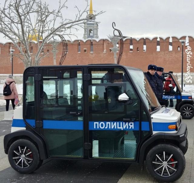 electric_car_police_04