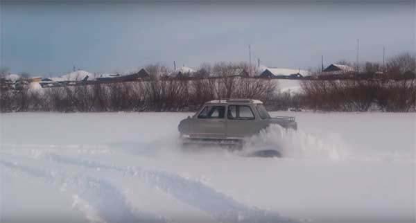 gusenichnyj-vezdexod-iz-zaporozhca-18