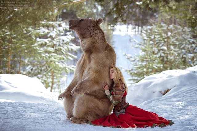 girl_and_bear_02