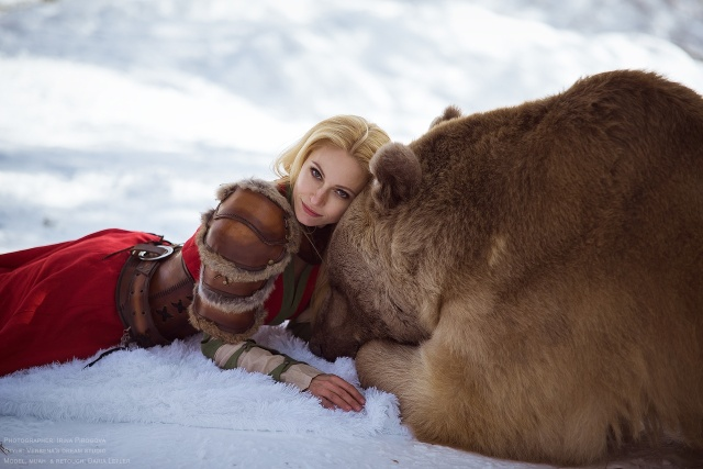 girl_and_bear_05