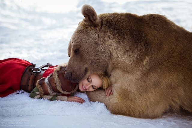 girl_and_bear_06