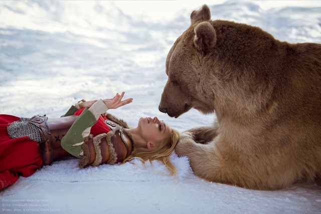 girl_and_bear_11
