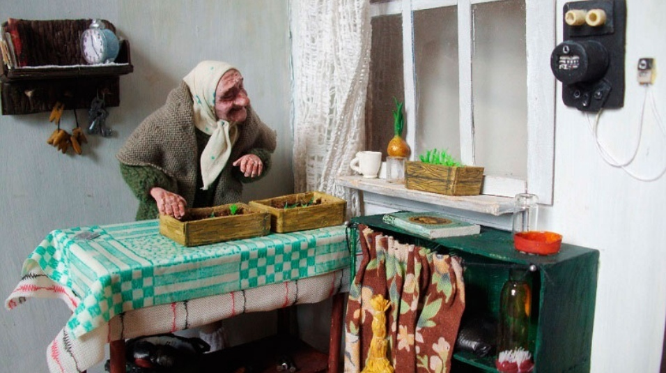 Amazing Realistic Toys Portraying Life of Old People In Russia