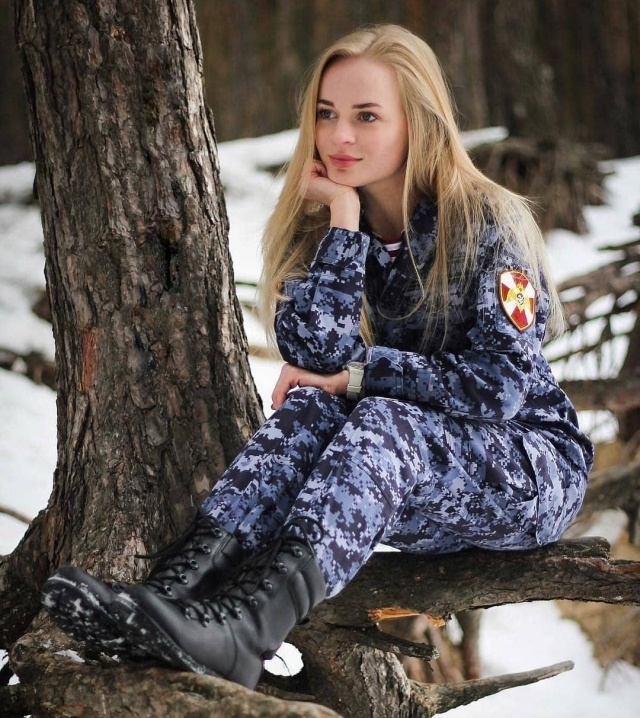 Strong And Beautiful: Russian Military Ladies, Part 2 ...