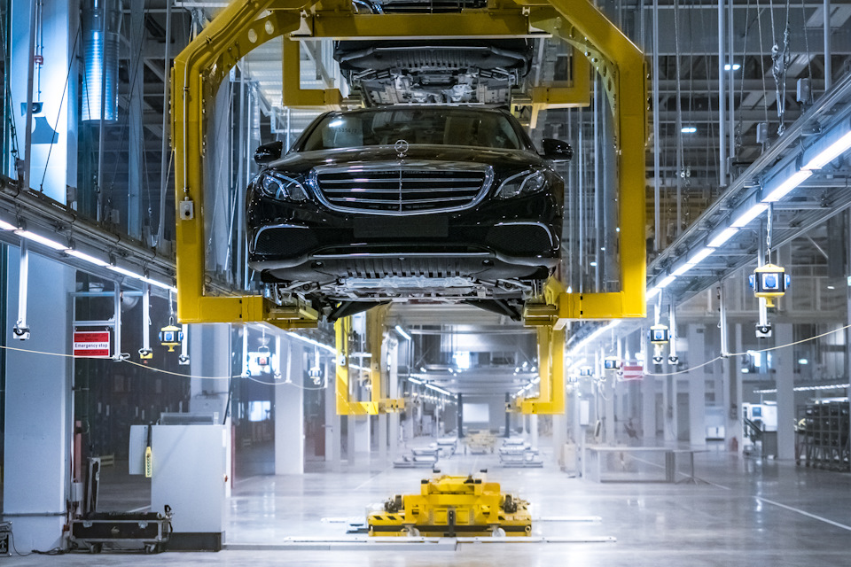 New Mercedes Benz Plant Opened In Russia