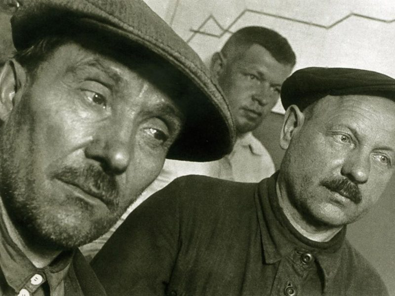 The USSR In the 30-40s On the Best Photos of Boris Ignatovich