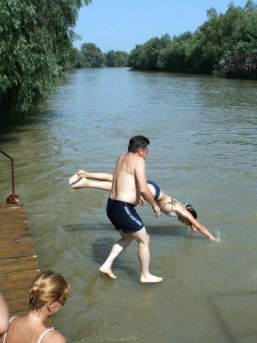 Russian Women Can Do Without Men's Help!